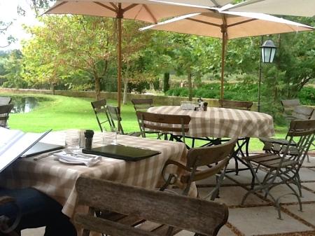 Al Fresco lunch setting